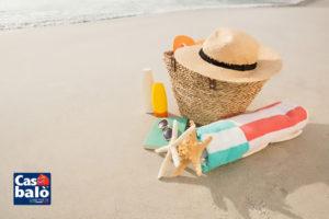 beach-accessories-sand_1252-518-1024x682